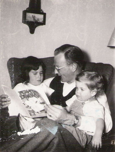 Photo: Elin's Dad reading a story to Elin